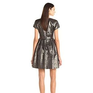 Vince Camuto Dresses - NEW $159 Vince Camuto Lurex Jacquard Dress 0